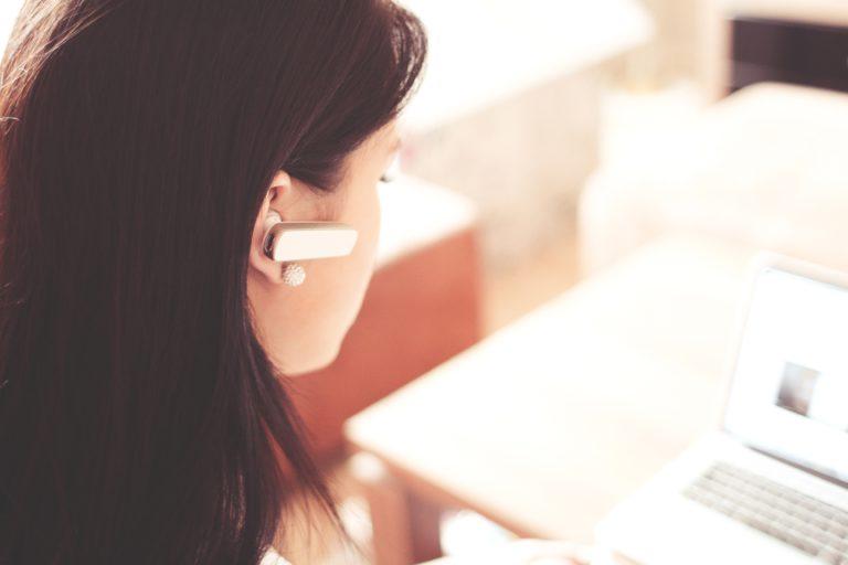 Bluetooth Earphones or Headphones under 500